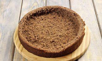 Мякиш, внутри торта выбирается руками