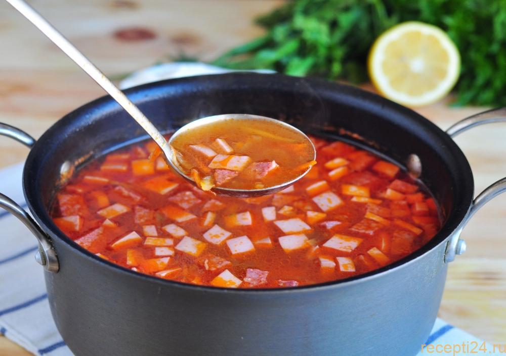 Классический рецепт солянки с колбасой и картошкой
