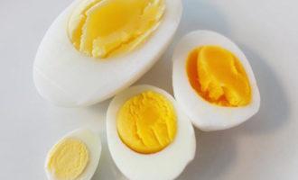 Сколько по времени варить яйца вкрутую