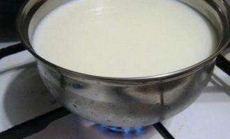 Манная каша на топленом молоке