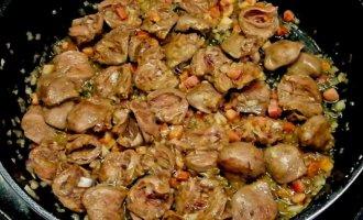 Куриные сердечки: рецепт приготовления на сковороде