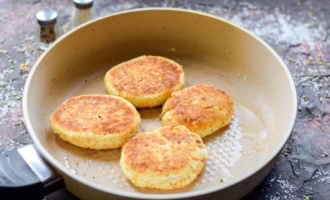пп сырники из творога на сковороде