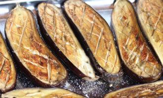 Как запечь баклажаны в духовке без ничего